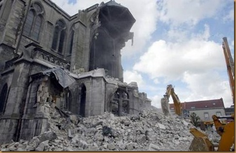 Destruction eglise