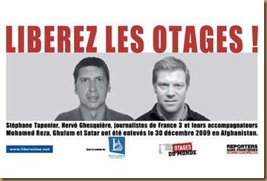 stephane-taponier-et-herve-ghesquiere-flash-mob-en-soutien-aux-deux-journalistes-de-france-3-le-4-decembre_reference1
